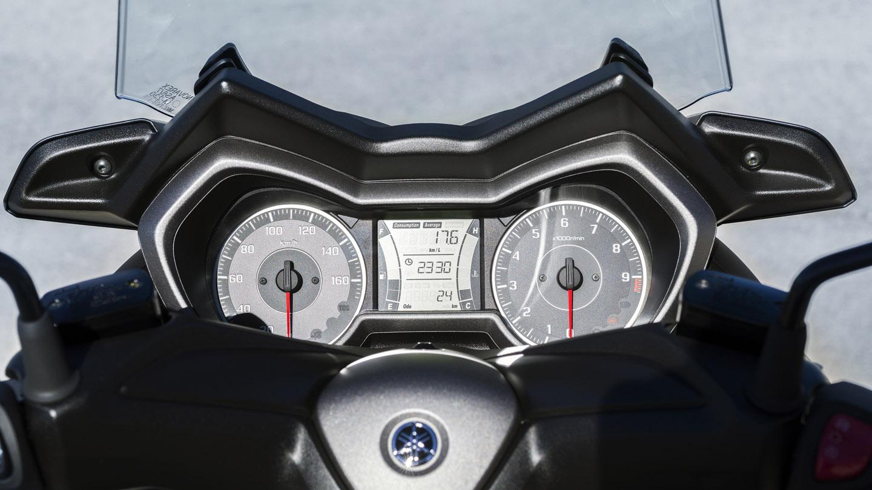 xmax 300 08